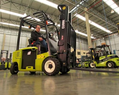 Electric four-wheel forklift GEX16-20s (3)