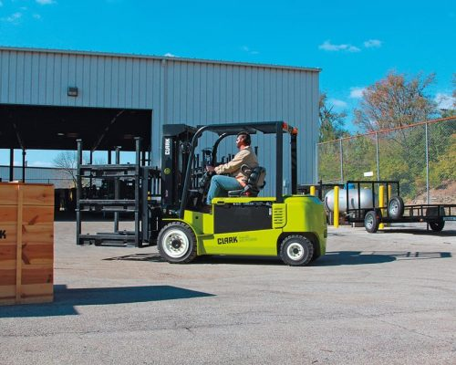 Electric four-wheel forklift GEX40-50 (4)
