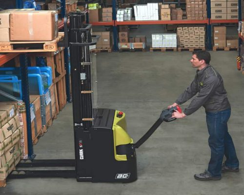 Electric stacker WSX1214 (2)