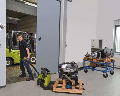 Lithium-ion hand pallet truck WPio12 (2)